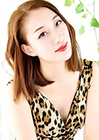 Single Yue (Hannah) from Shenyang, China