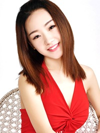 Asian woman Ailin (Doris) from Dandong, China