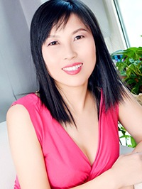Asian woman Ru (Emily) from Shenyang, China