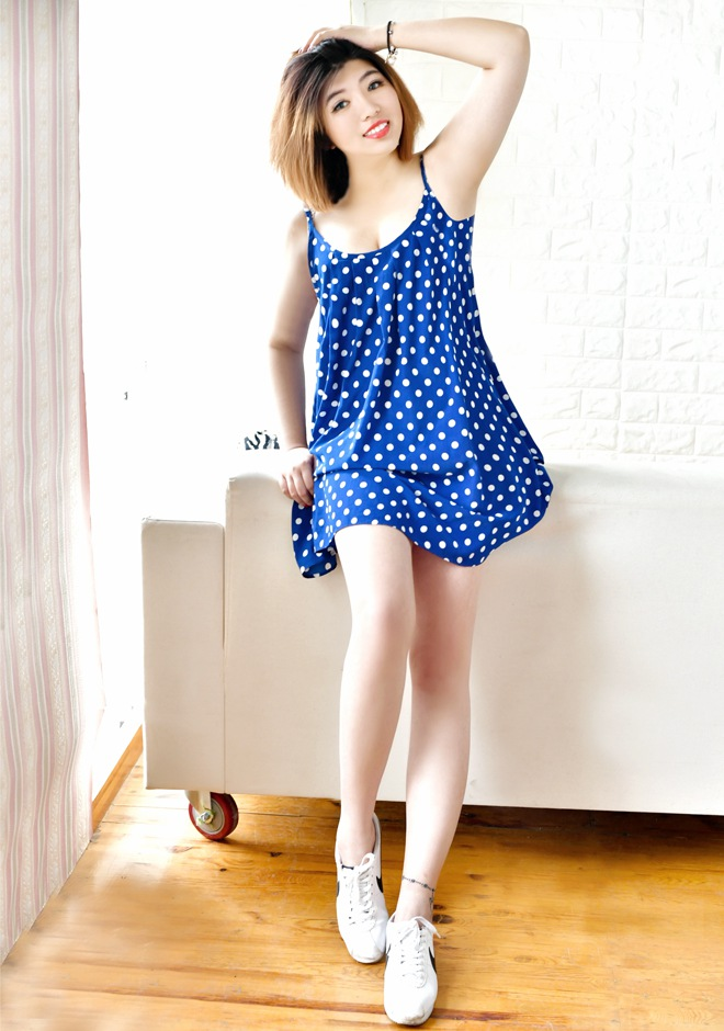 Single girl Xiaoting (Olina) 30 years old