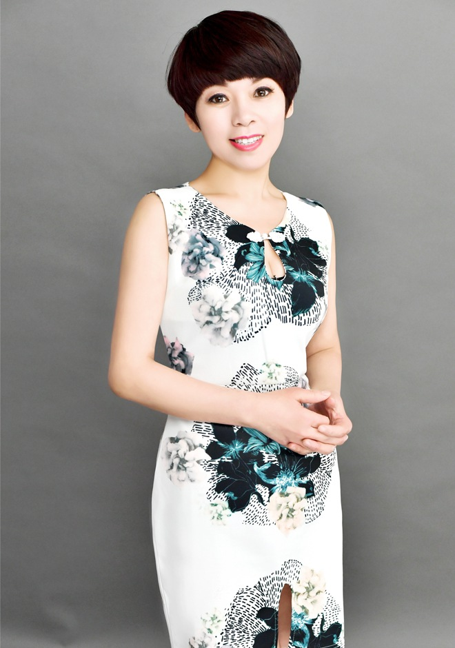 Single girl Hongjing (Ingrid) 48 years old