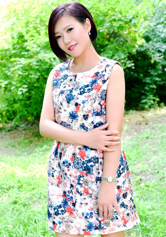 Single girl Xiaoling 40 years old