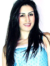 European single woman Gohar from Yerevan, Armenia