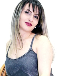 Single Mariam from Yerevan, Armenia