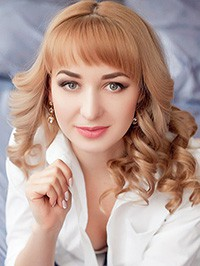 Russian Bride Elena from Kiev, Ukraine