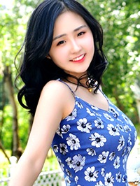 Asian woman Qianqian from Fuxin, China