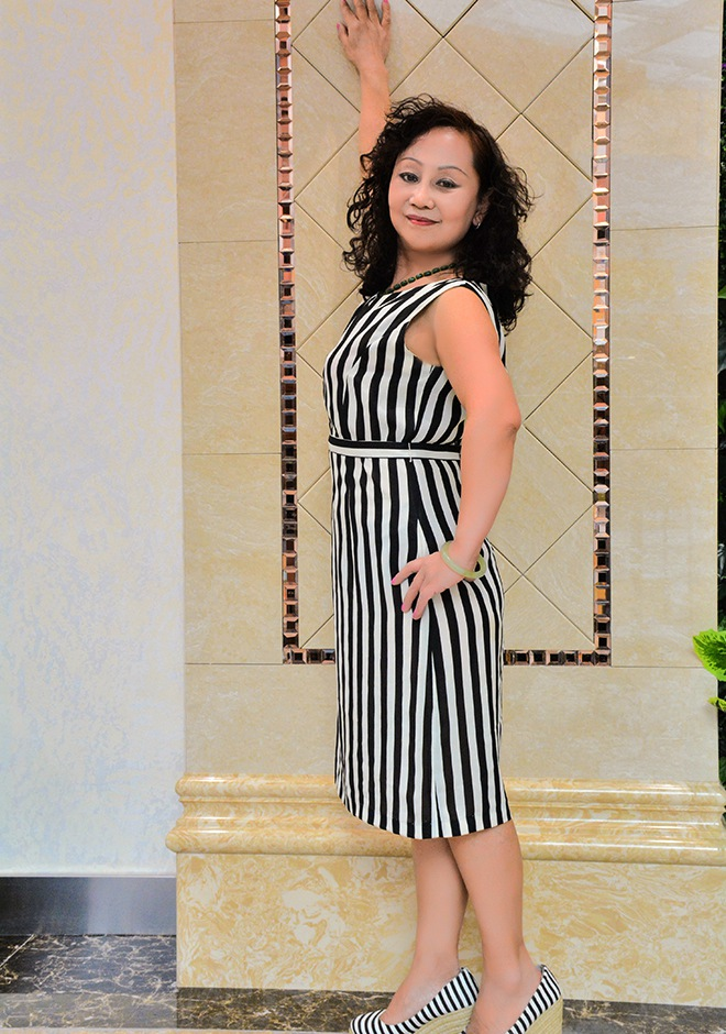Single girl Zhi 64 years old