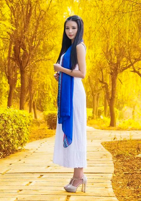 Asian bride Wenting from Fuzhou