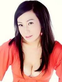 Asian woman Ye (Anna) from Hengyang, China