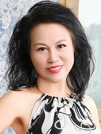 Asian Bride Lianyun (Lucy) from Fushun, China