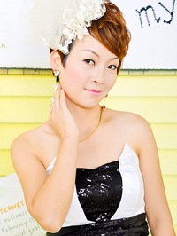 Single Yan from Hengyang, China