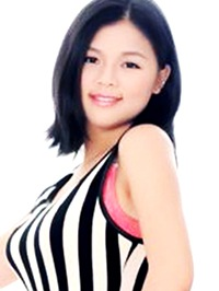 Asian woman Yanling from Hengyang, China