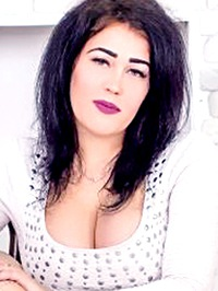 Single Alena from Lugansk, Ukraine
