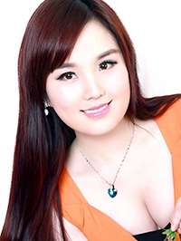 Asian woman Yongqin (Angela) from Hainan, China