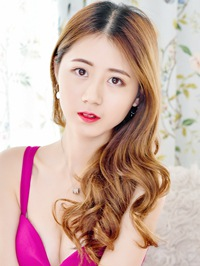 Single Wanting (Lucia) from Fushun, China
