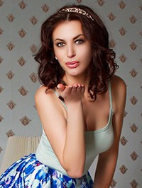 Russian woman Ekateryna from Lugansk, Ukraine