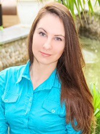 Russian single woman Irina from Kherson, Ukraine