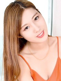 Single RuiFei (Jessy) from Benxi, China
