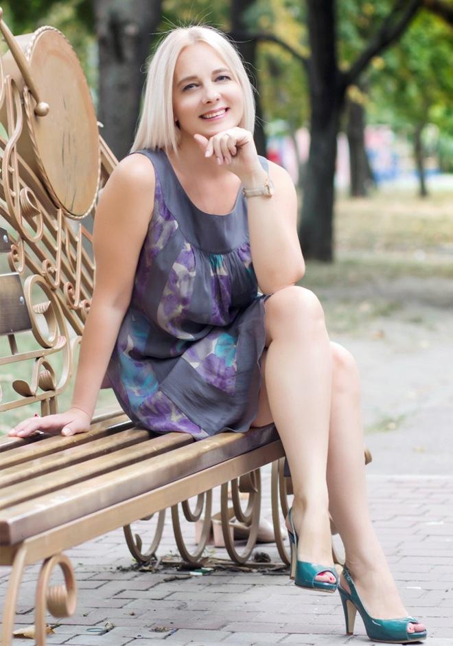 elena-americans-marry-russian-girl