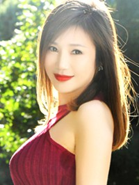 Asian Bride Qun from Fushun, China