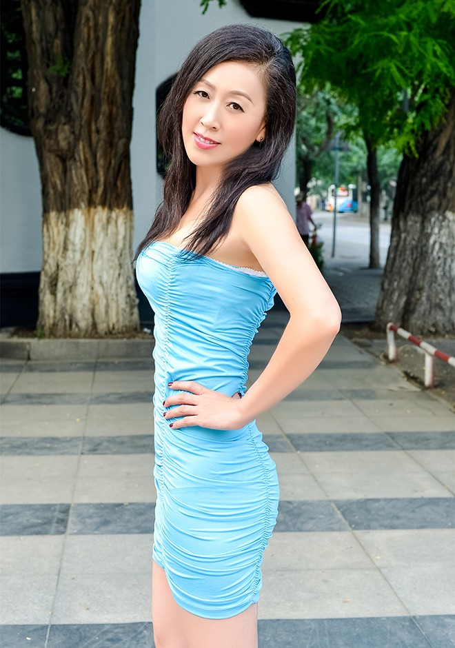 Single girl Jie 52 years old