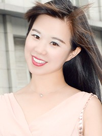 Asian Bride Fang (Wendy) from Huixin, China