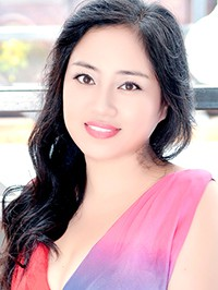 Asian woman Jingjie (Cassie) from Tieling, China