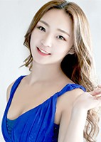 Russian single Yunhong from Tieling, China
