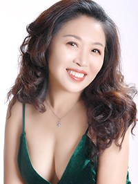 Single Chunyan from Fushun, China