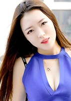 Russian single Xiaotong from Tieling, China