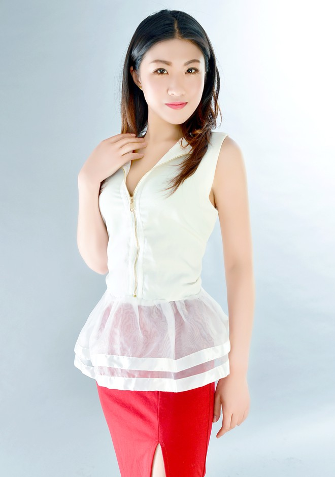 Asian bride JiaLe from Shenyang