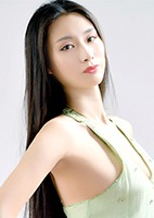 Russian single Yihan from Shenyang, China