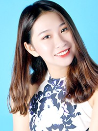 Asian woman Tingting from Shenyang, China