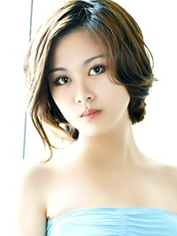 Asian woman Huan from Shenyang, China