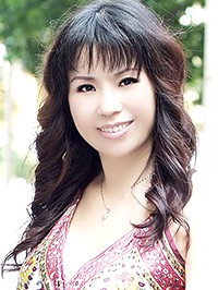 Asian Bride Ying from Zhuhai, China