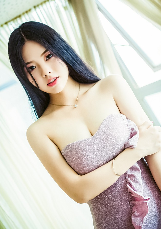 Asian bride Sisi from Changsha