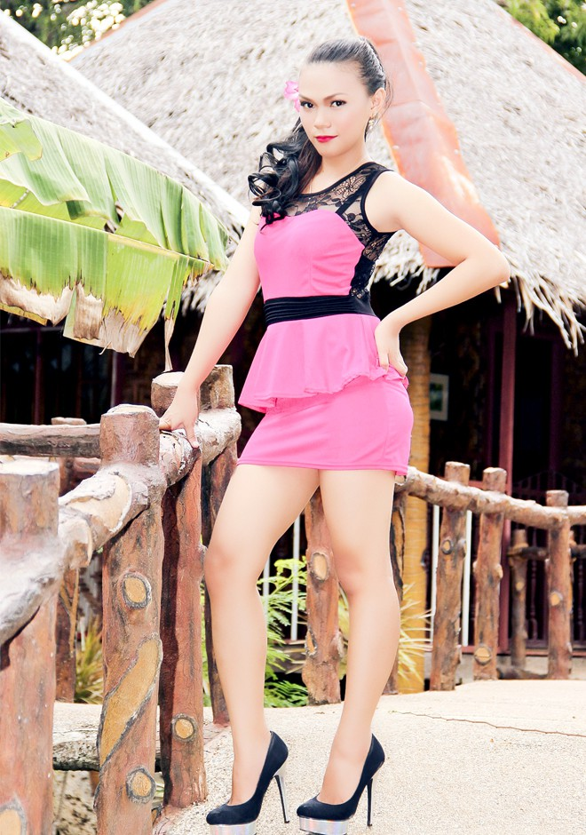 Single girl Leonarda Flores 31 years old