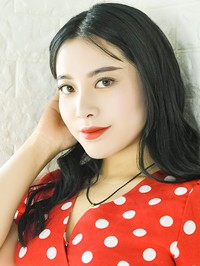 Single Jiayi (Lucy) from Qinghai, China