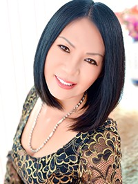 Asian woman Lijuan from Fushun, China