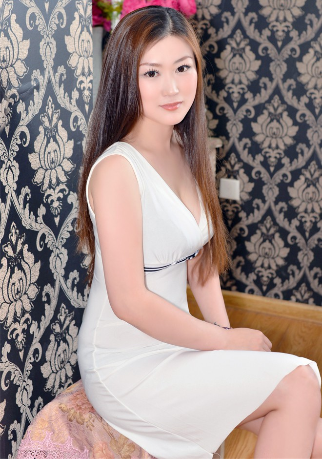 Single girl Miao 34 years old