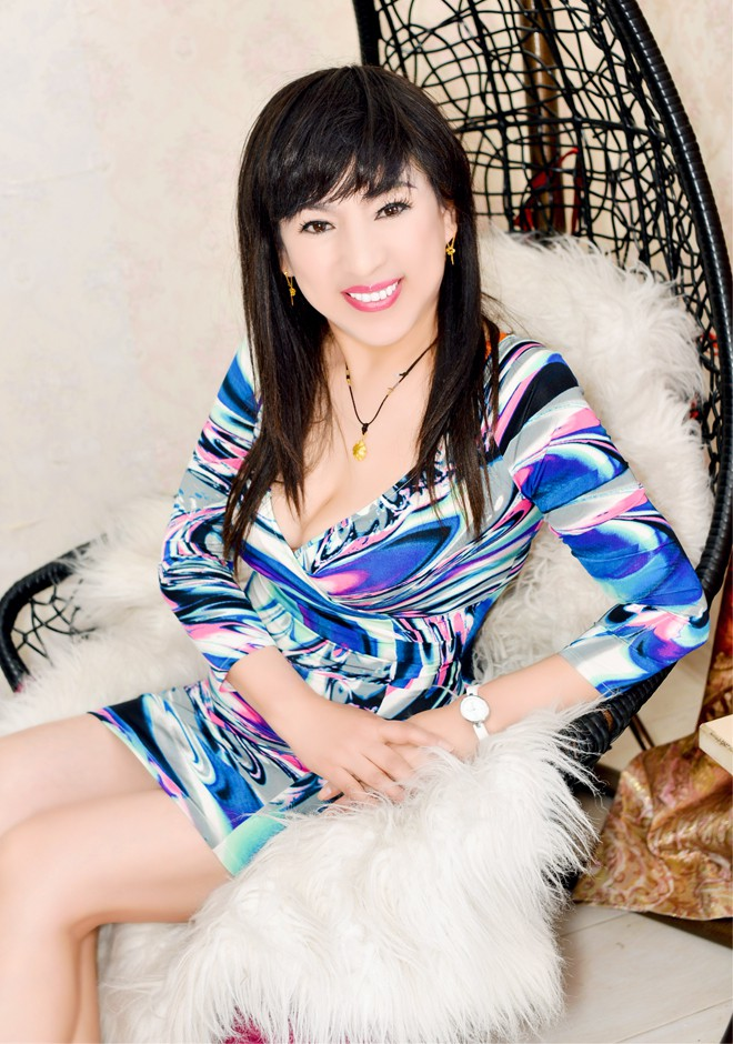 Single girl Lihua 57 years old