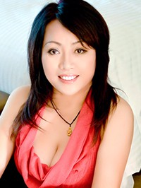 Asian woman Yujie from Fushun, China
