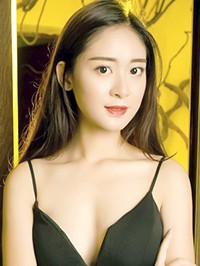 Single Yan from Changsha, China