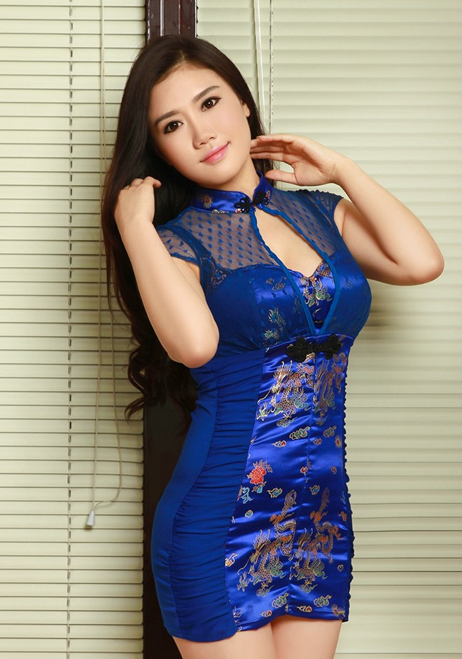 Single girl Abby 28 years old