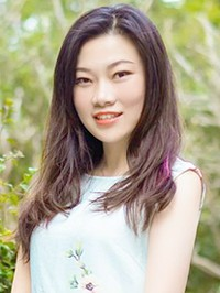 Single Ying from Zhuhai, China