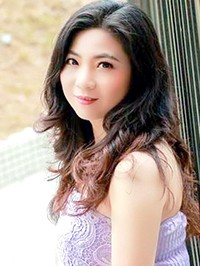 Asian woman Qiaolan (Lan) from Zhuhai, China