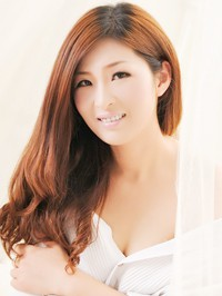 Single Yinghong from