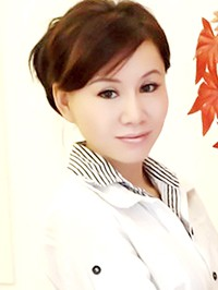 Asian woman Shouzhi from Zhuhai, China