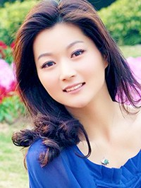 Asian woman Zixuan from Zhuhai, China
