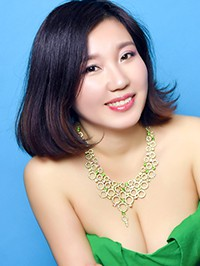 Asian woman Xiaoxia from Shenyang, China